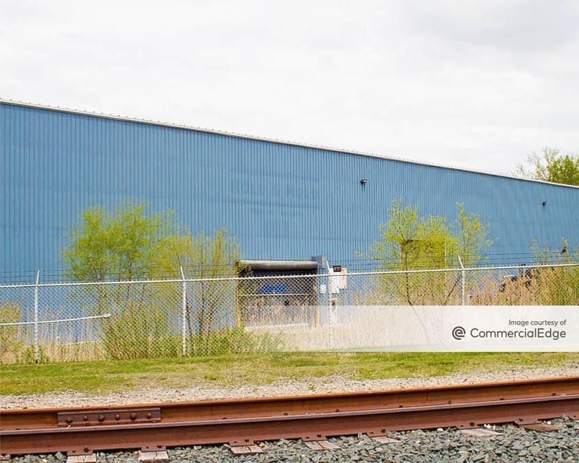 R&R Industrial Park - 1745 165th Street