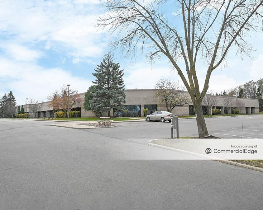 Opus 2 - Feltl Road Business Center