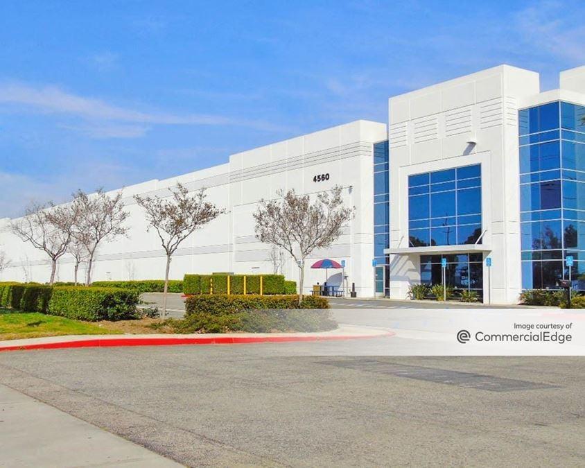 Mira Loma Distribution Center - 4560 Hamner Avenue