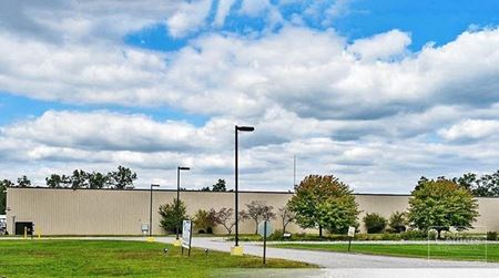 135,639 SF WAREHOUSE FOR LEASE - Belleville