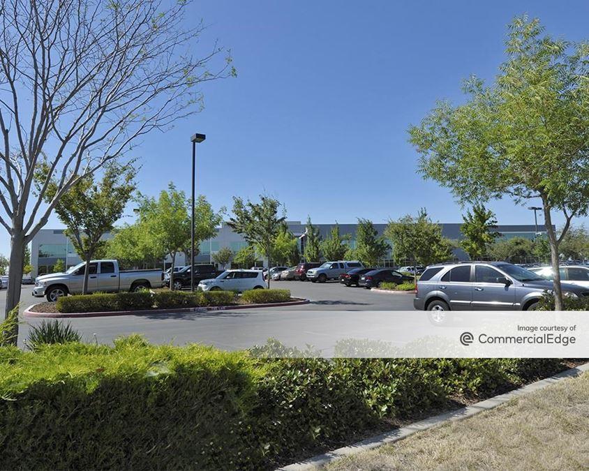 Mather Commerce Center - 10370 & 10390 Peter A. McCuen Blvd