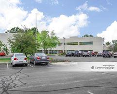 21360 Gateway Court - Brookfield