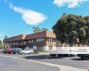 Central Pointe Business Centers - Granada Plaza - Tustin