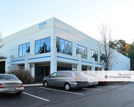 Walton Green Commerce Center - Buildings 4 & 5 - Kennesaw