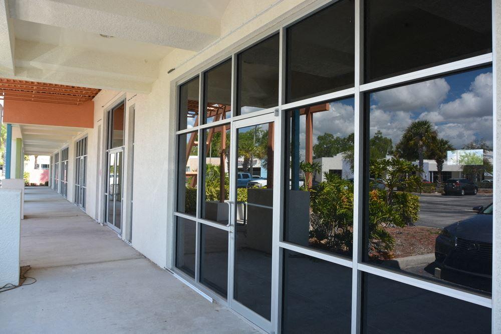 Murdock Executive Center