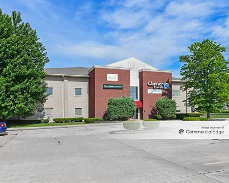 2421 Corporate Center - Granite City