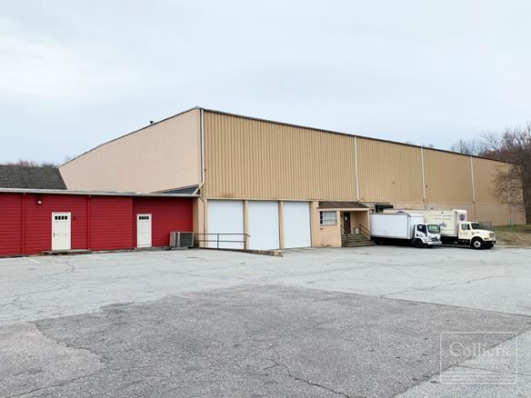 ±49,835 SF Retail/Industrial Building For Lease in Waterford, CT