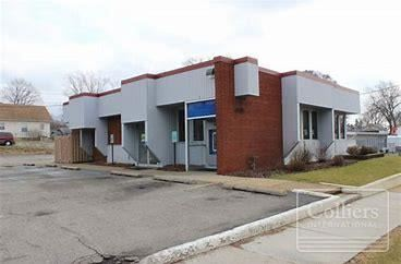 4515 Francis- For Sale and Lease