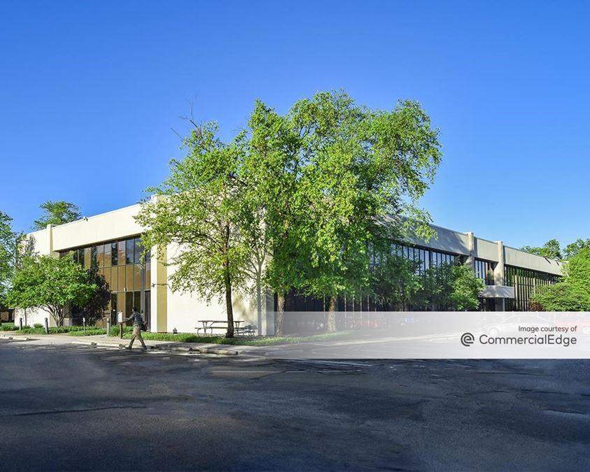 Castleton Park - Building 47