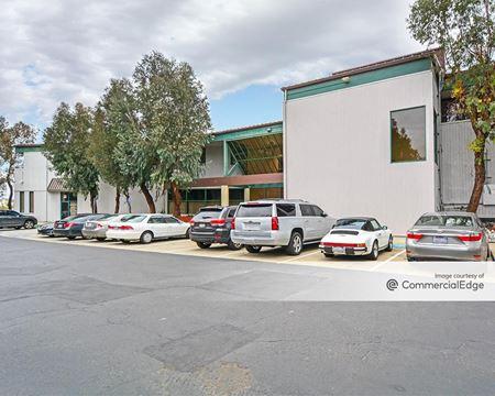 1700 Adams Avenue - Costa Mesa