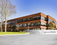 Lakeshore Center at Lake Nippenicket - Building 1 - Bridgewater