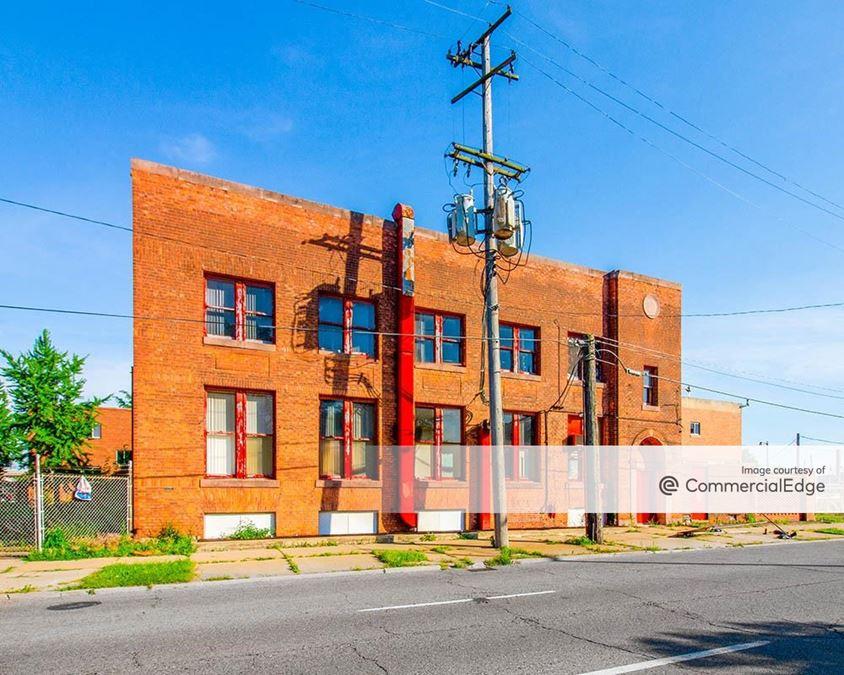 2151 East Jefferson