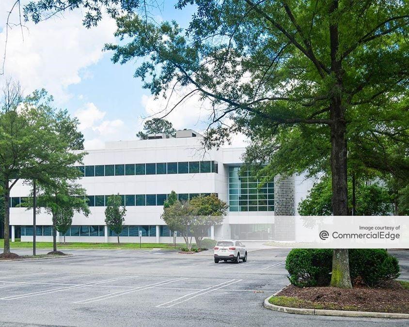 Innsbrook Corporate Center - 4401 Dominion Blvd