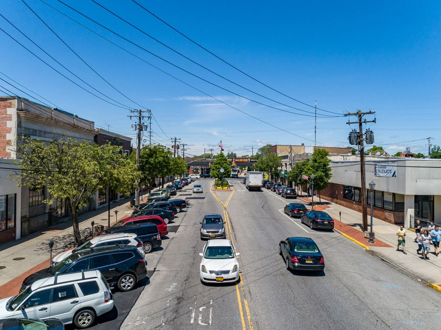 147 South Wellwood Avenue