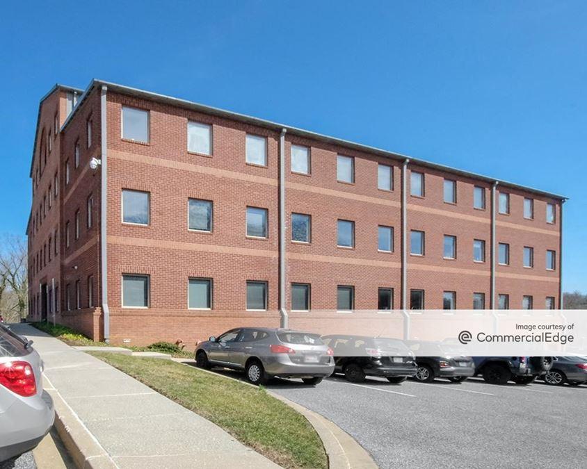 Lake Falls Professional Building