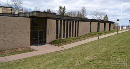 25 Acres And Two Buildings - Middletown