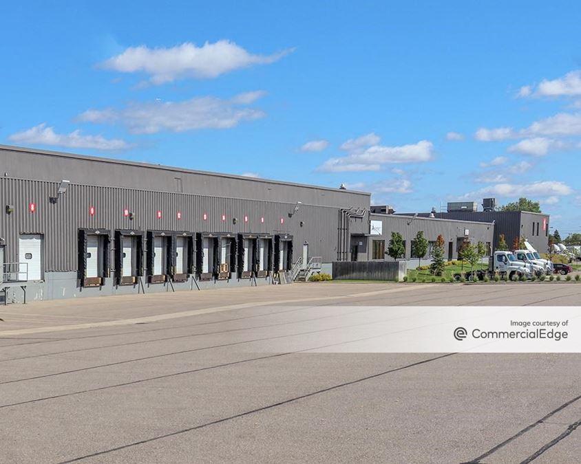 Allied Commerce Center Bldg 3