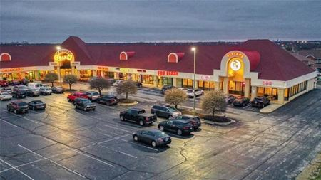 Vista Run Shopping Center For Lease - Greenwood