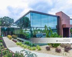 Crossways Corporate Park - 415 Crossways Park Drive - Woodbury