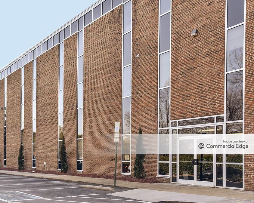 M&F Bank Corporate Center