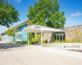 Mound Business Center