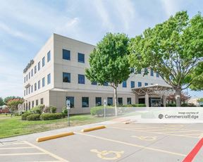 Hebron Office Plaza - Lewisville