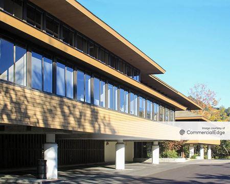 Wood Island Office Complex - San Rafael