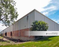 Meade Avenue Business Center - Bedford Park
