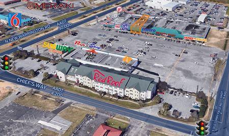 Chief`s Way Shopping Center - Pensacola