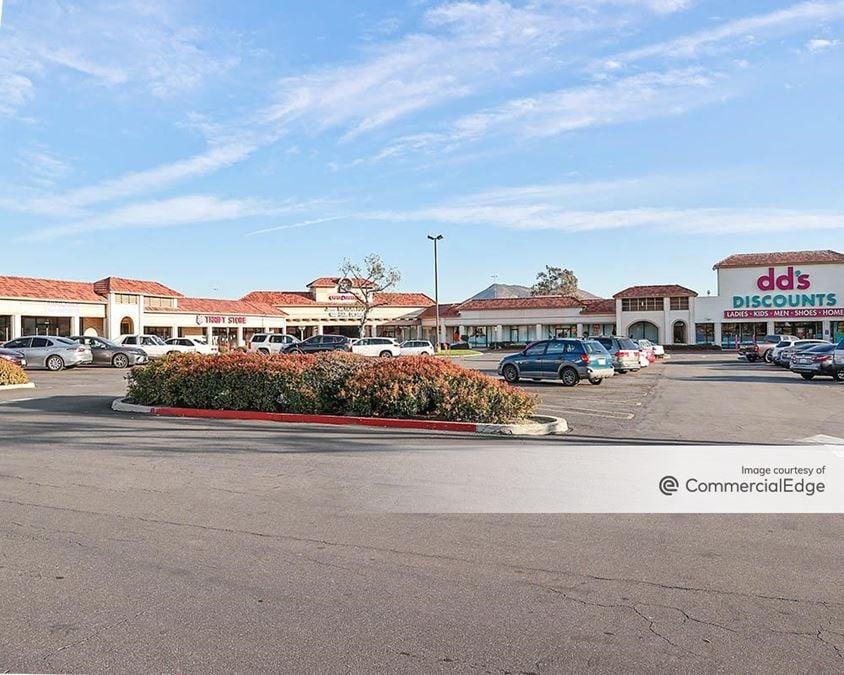 Vineyard Valley Center