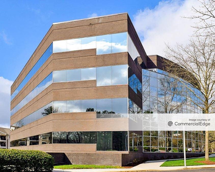 Meridian Corporate Center - 2525 Meridian Pkwy