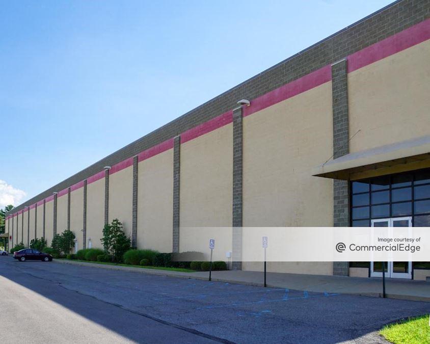 Clinton Commerce Park - 2291 Sweeney Drive