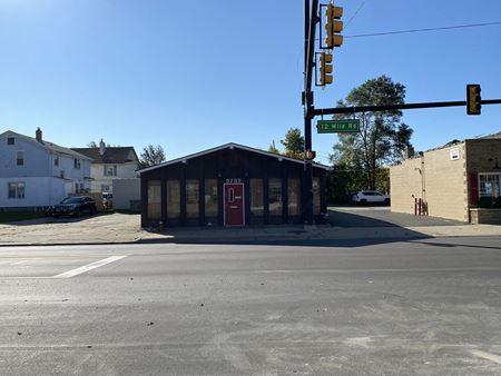 3737 12 Mile Road - Berkley