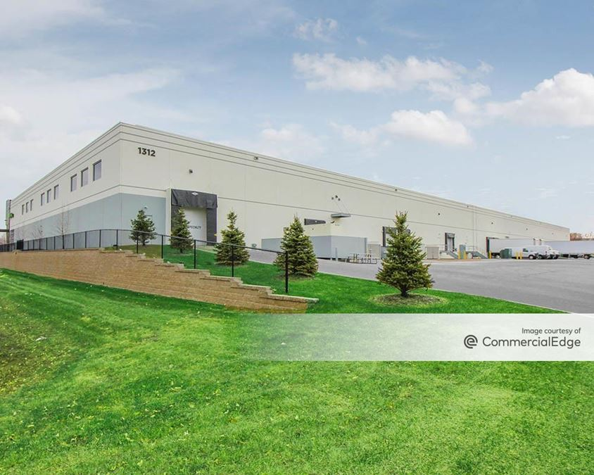 Mendota Heights Business Park - 1312 Northland Drive
