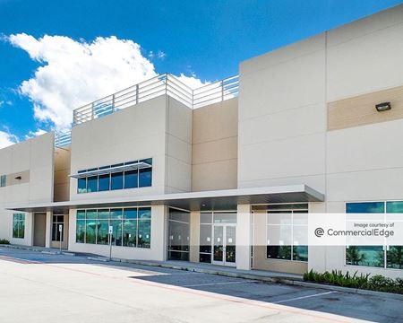 Pinto Business Park - 545 Plaza Verde Drive - Houston
