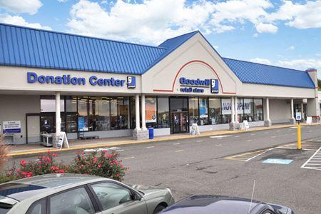 Ashdale Plaza Shopping Center - Woodbridge