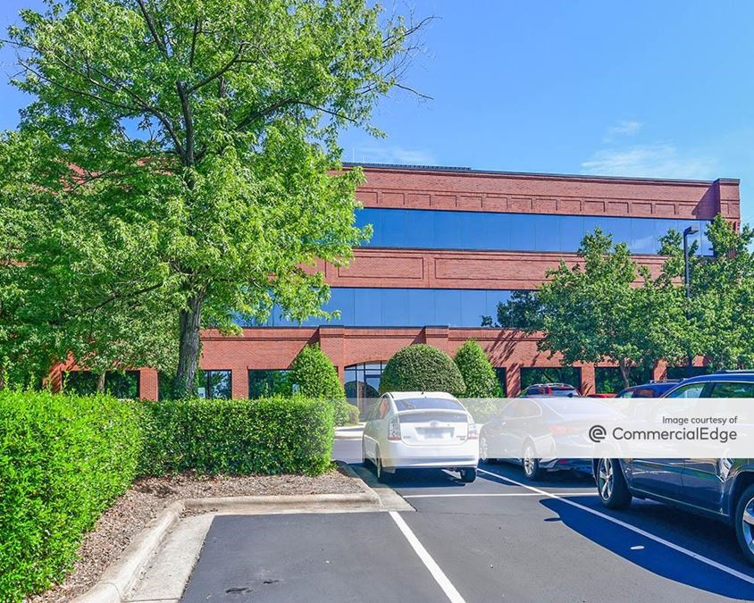 Glenwood Corporate Center