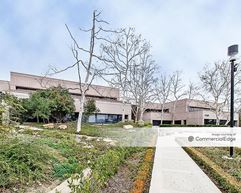 Lakeview Corporate Center - Thousand Oaks