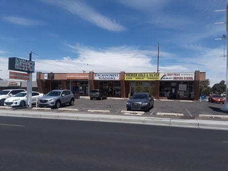 Retail Center on Menaul - Albuquerque