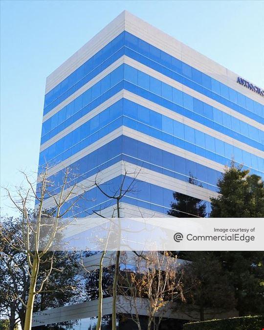 400 Corporate Pointe
