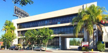 17609 Ventura Boulevard - Encino
