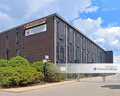 21040 Greenfield Road - Oak Park