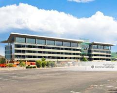 Signature Centre at Denver West - Golden