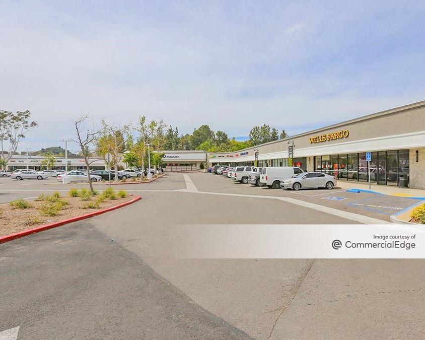 Twin Oaks Shopping Center