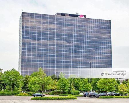 Schaumburg Corporate Center - 1475 East Woodfield Road - Schaumburg