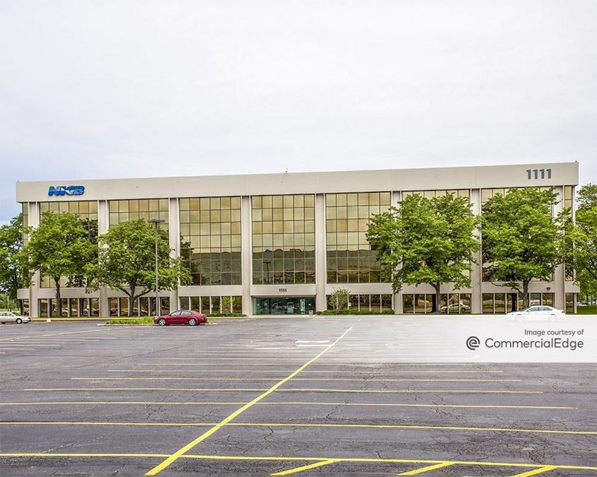 Commerce Centre at O'Hare - 1111 East Touhy Avenue