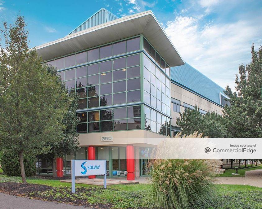 Bridge Business Center - Building 350