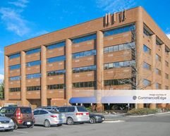50/66 Office Plaza 2 - Fairfax
