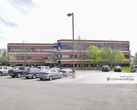 Woodbury Office Plaza - Woodbury