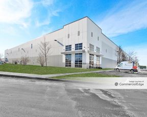 650 S Perry Rd - Plainfield